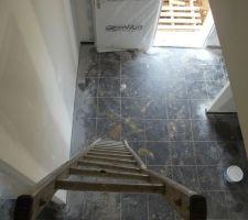 notre echelle en attendant l escalier notez le leger quart tournant de l echelle xd