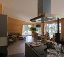 Une vue de la cuisine