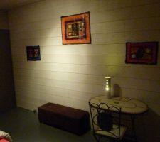 la chambre d amis sans vraiment de theme en gros pour le moment c est la piece qui a ammassee les restes