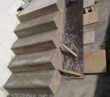 Suite escalier