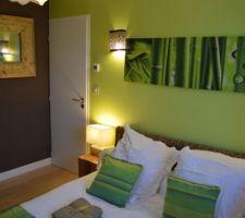 photos et id es d co chambre d 39 amis 942 photos. Black Bedroom Furniture Sets. Home Design Ideas