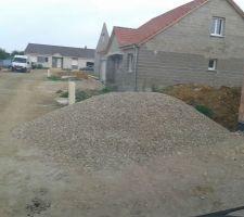Galets de Moselle livrés hier pour accompagner les Drains Routier qui seront enfuis demain
