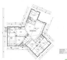 Plan de la maison validée... Petit changement dans la sdb. Nous enlevons la baignoire pour une douche et rajoutons un wc.