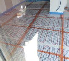 photo prise des trames electrique pour le plancher chauffant electrique