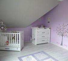 Photos et idées chambre d\'enfant mur parme (195 photos)