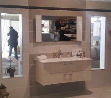 Faience décor salle de bain parentale