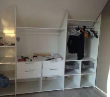 Montage des tiroirs et accessoires