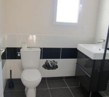 Vue de notre Salle de bain du RdC, terminée!