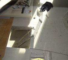 tremie de l escalier couverte d un plancher provisoire