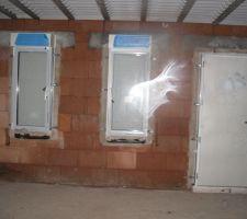 phoros prises lors du point chantier lundi 27 la fenetre de cuisine est a changer
