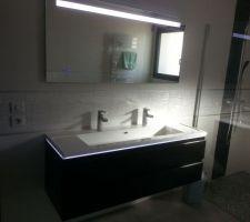 Vasque et miroir Sanijura 140cm avec LED