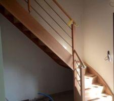escalier bois alu et etage en verre