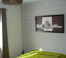 Photos et idées chambre dadultes mur bois / lambris (79 ...