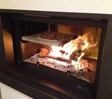 Première pizza a la cheminée