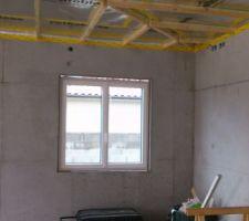 Fenêtre du bureau (on voit le vide en haut car le compribande n'a pas fini son travail)