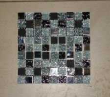Mosaique pour dessus du lave mains dans les WC