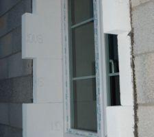 Isolation extérieure début contour fenêtre