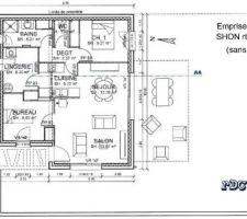 plan de la maison le terrain est deja cloture sur 2 cotes