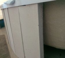 Mise en place du tablier carrelé. Façonnage de la trappe d'accès en beton cellulaire