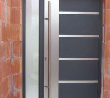 Porte d'entrée gris anthracite 7016 acier/inox baton de maréchal