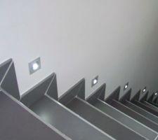 Eclairage LED escalier sous-sol