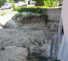 Fondations et ferraillage d'un mur.